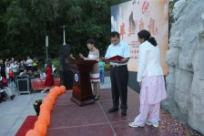 """Prof. Halmurath Upur reading out my contract as """"Tainshan scholar"""""""